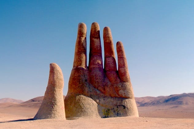 hand-of-the-desert
